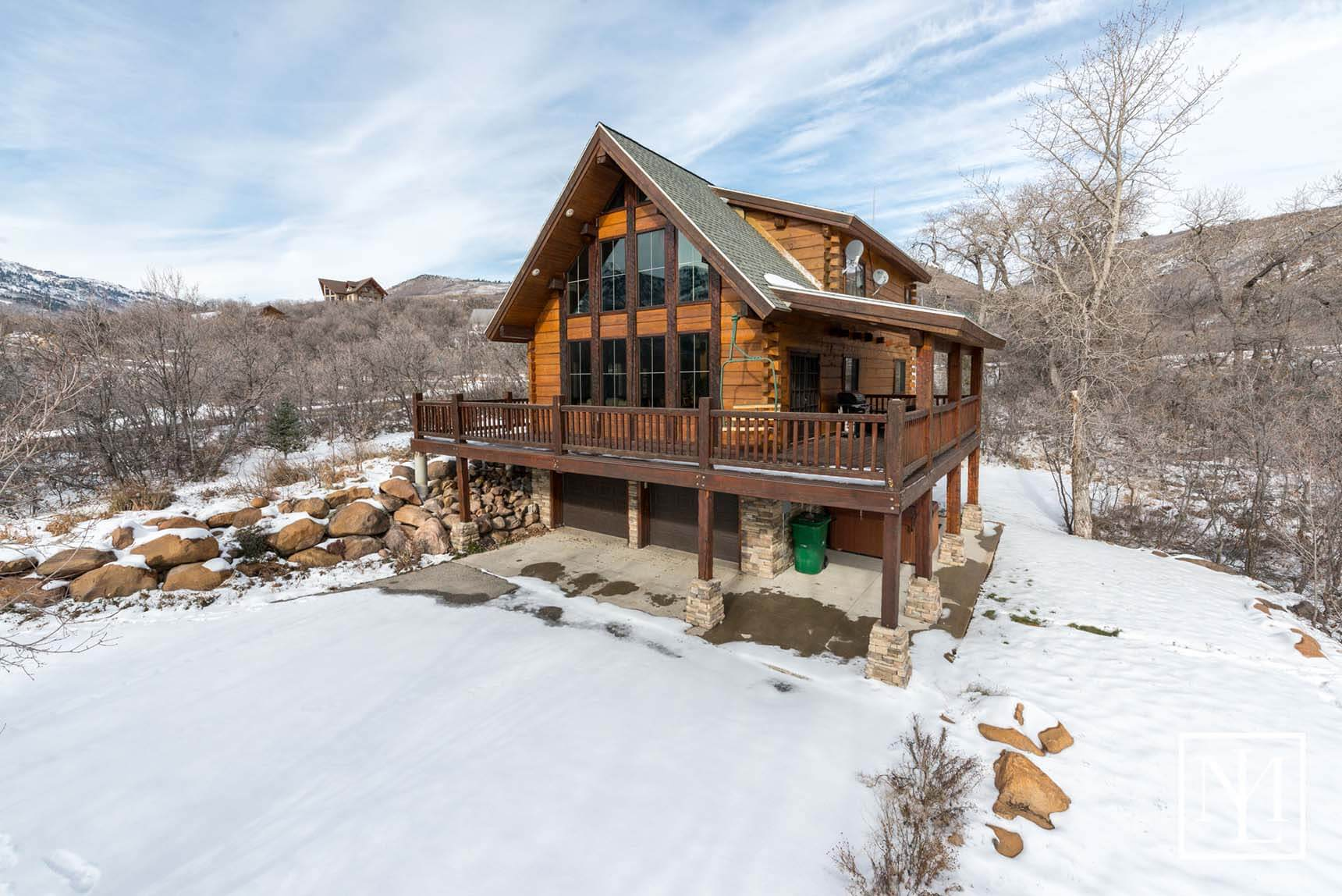 Sold 2001 e 6825 n liberty utah for Ski liberty cabin rentals
