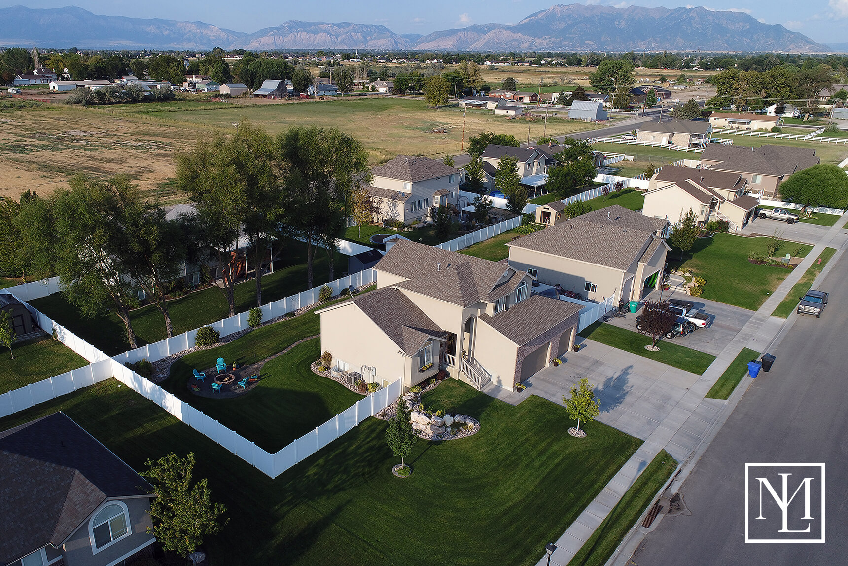 4692 W 250 N West Point Ut 84015 35