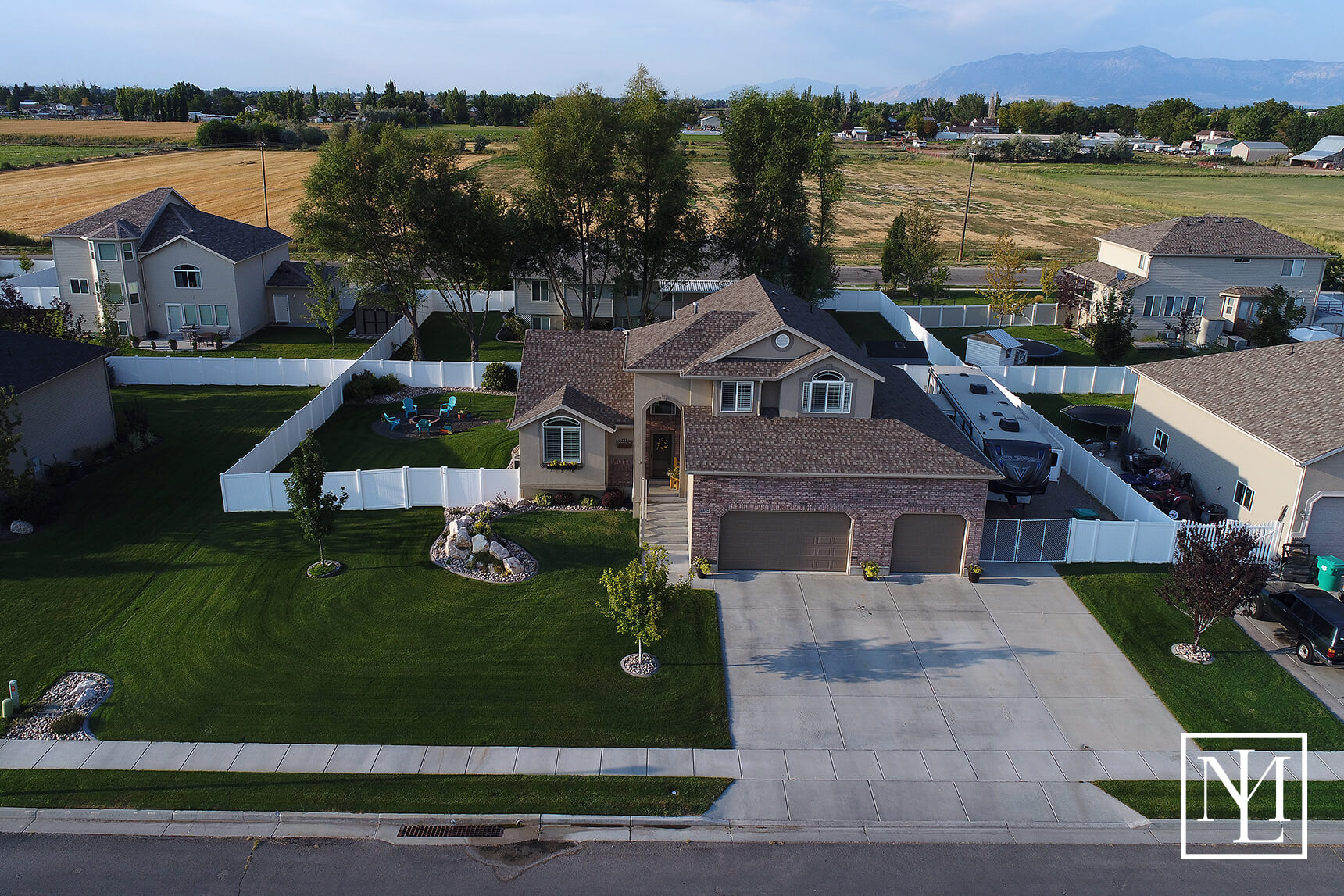 4692 W 250 N West Point Ut 84015 37