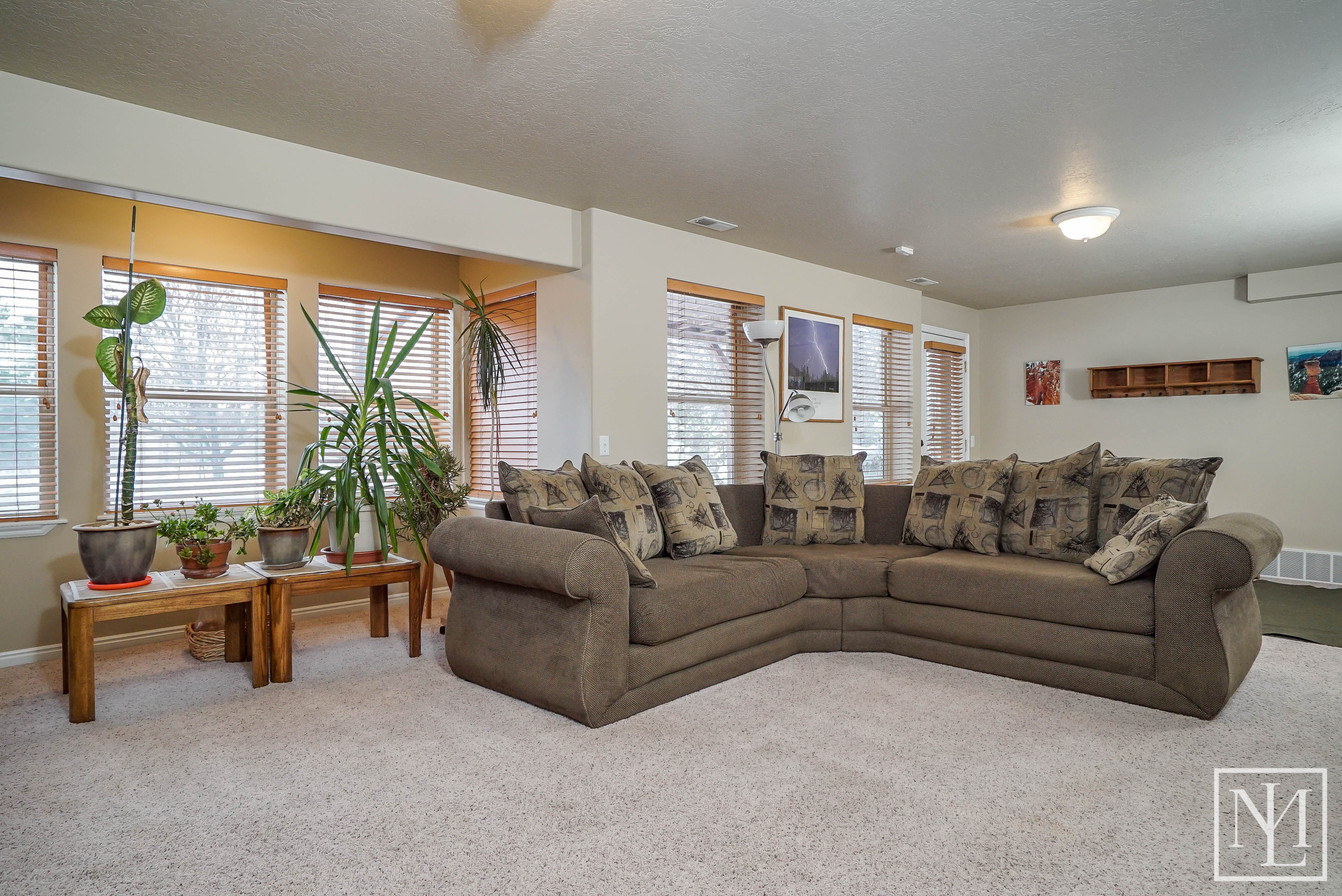 3424 N Foothill Lane Eden 10