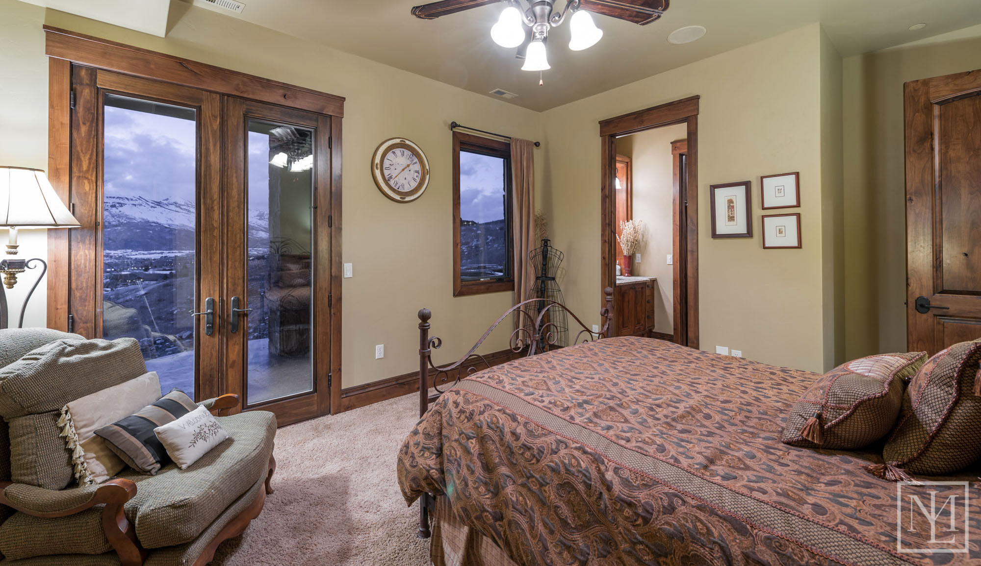 3571 Pineview Ct Bedroom 6