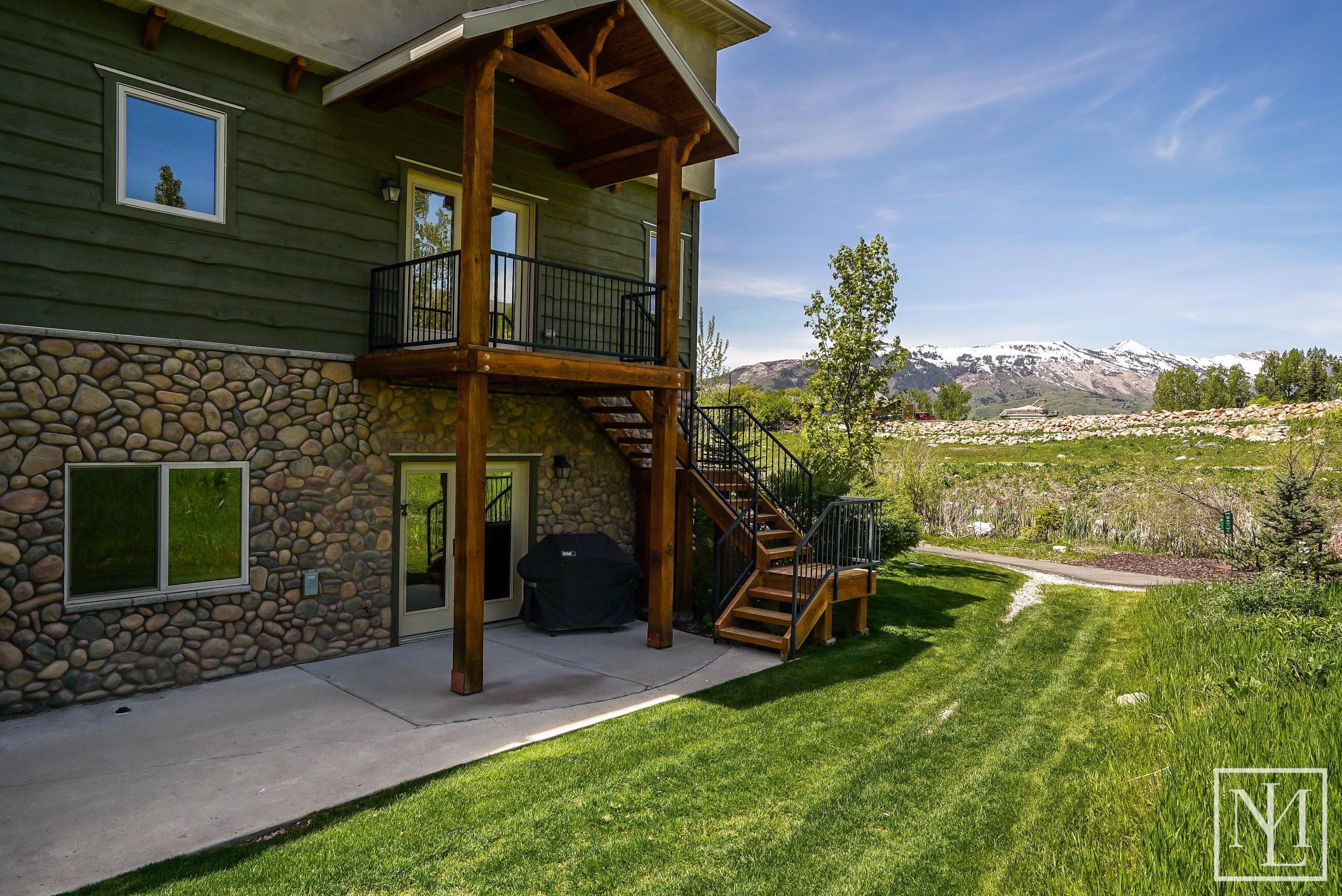 3703 N Huntsman Path, Eden-26