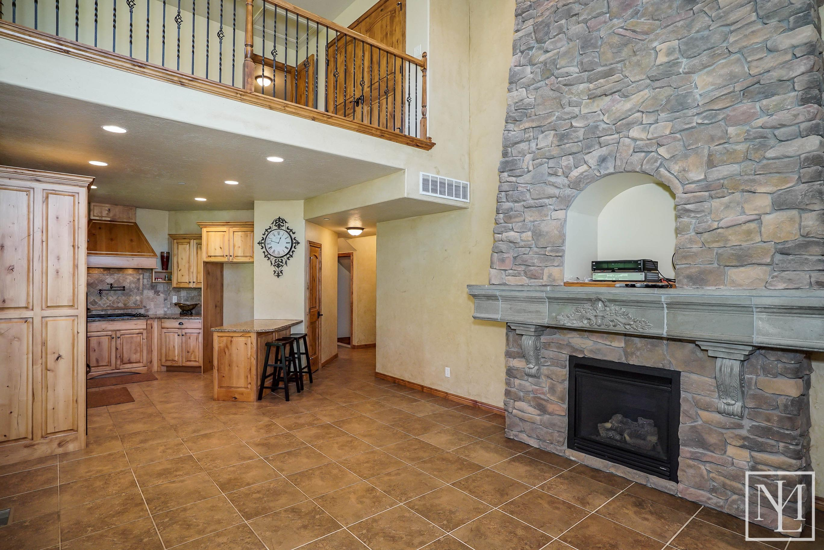 3703 N Huntsman Path, Eden-4